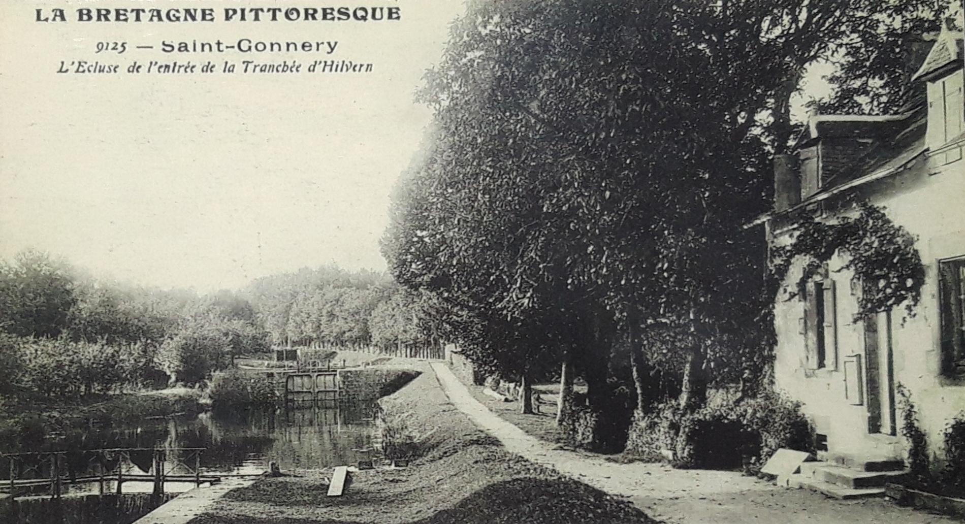 Louarnig Park aux bords du Canal de Nantes à Brest - Photo d'époque